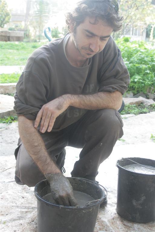 רומן גילר תנור אדמה בוץ
